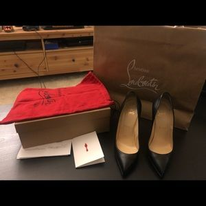 Christian Louboutin 100 P Black 36.5